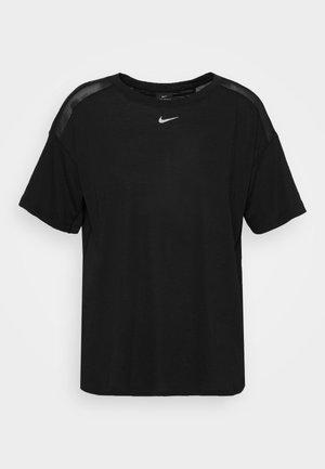 AEROADAPT - Camiseta estampada - black/metallic silver