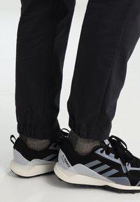 Jack Wolfskin - BELDEN PANTS - Outdoor trousers - phantom - 4