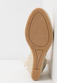 San Marina - LAJANA - High heeled sandals - crème - 6