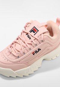 Fila - DISRUPTO - Sneakers laag - english rose - 2