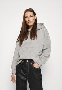 Gestuz - RUBI HOODIE - Sweatshirt - light grey melange - 0