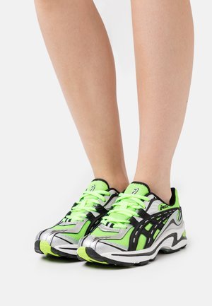 GEL-PRELEUS - Sneakers laag - hazard green/black