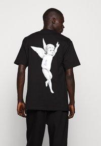 Fiorucci - TEE - Print T-shirt - black - 2