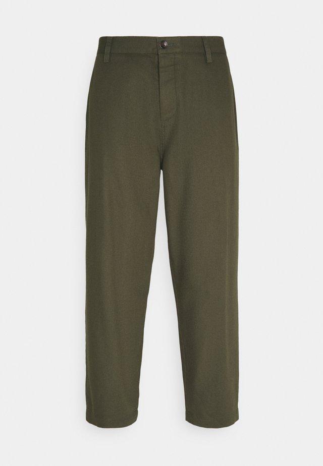 TROUSER - Trousers - khaki