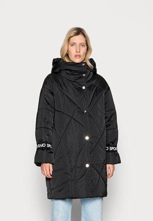 IMBOTTITO OVATT LUNG - Winter coat - nero
