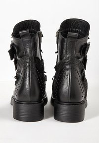 Inuovo - Cowboy/biker ankle boot - black blk - 4