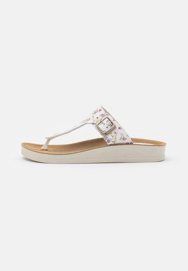 ODALISKA - Sandály s odděleným palcem - blanc