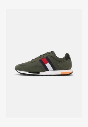 RETRO MIX POP RUNNER - Sneakers laag - dark olive