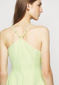 BCBGMAXAZRIA - EVE SHORT DRESS - Cocktailkjole - light green - 4