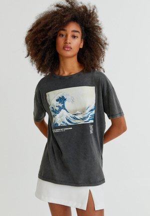 Print T-shirt - mottled dark grey