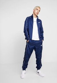 Nike Sportswear - SUIT BASIC - Tracksuit - midnight navy/white - 1