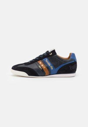 VASTO UOMO - Sneakers laag - dress blues