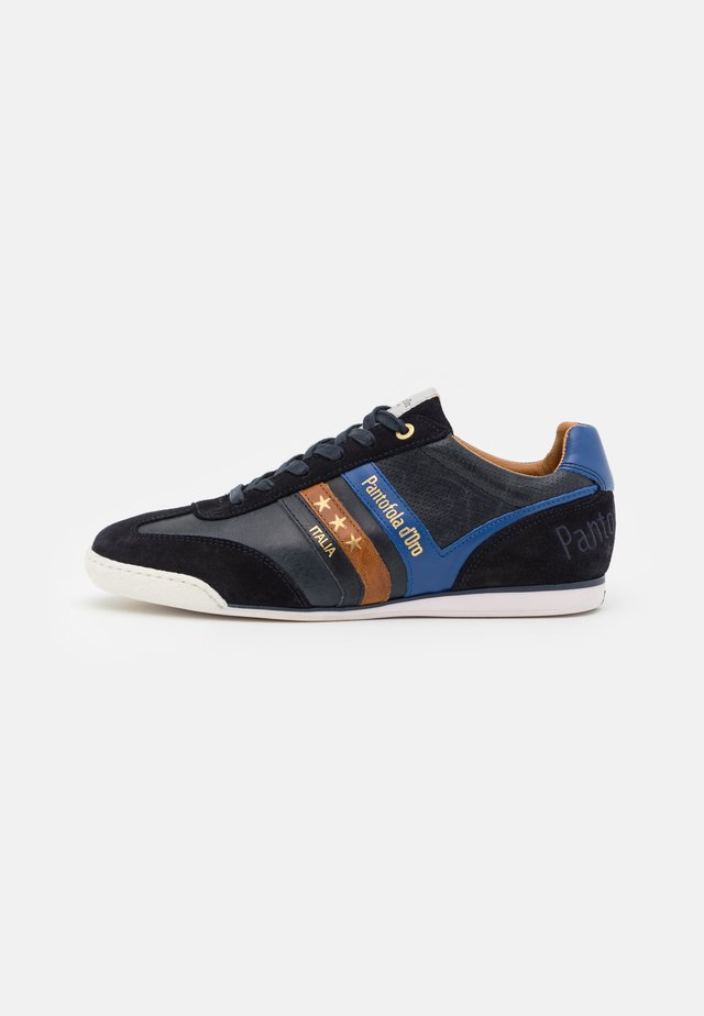 VASTO UOMO - Sneakers - dress blues