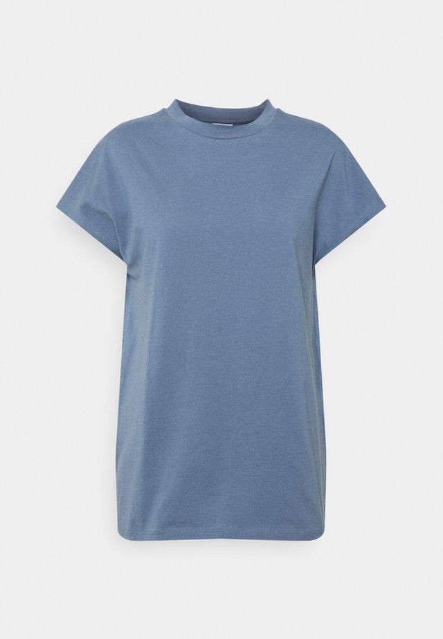 PROOF - T-shirts - flint stone