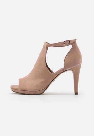 Peeptoe heels - old rose