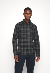 Selected Homme - SLHREGMATTHEW CHECK - Skjorta - forest night - 0