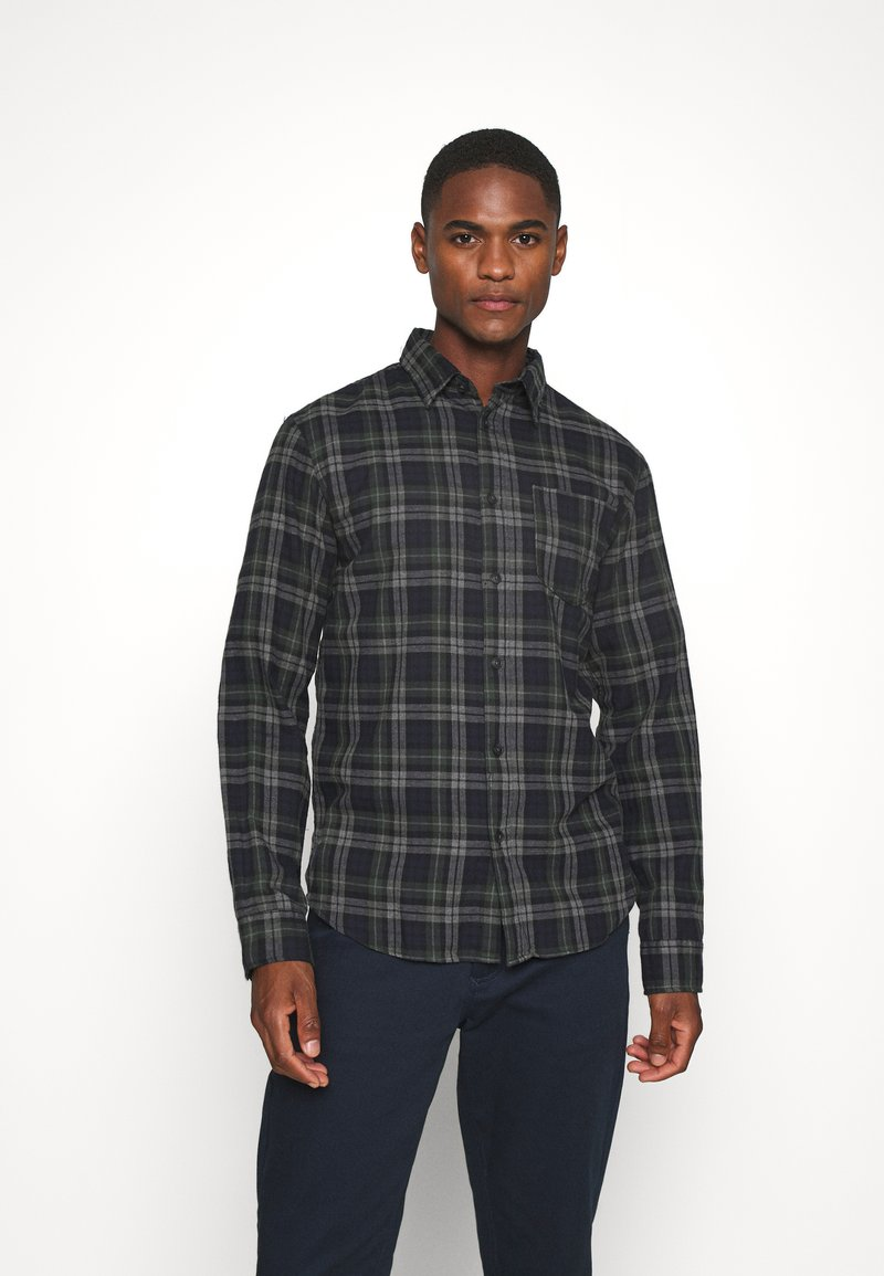 Selected Homme - SLHREGMATTHEW CHECK - Skjorta - forest night