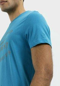 camel active - Print T-shirt - ocean blue - 4