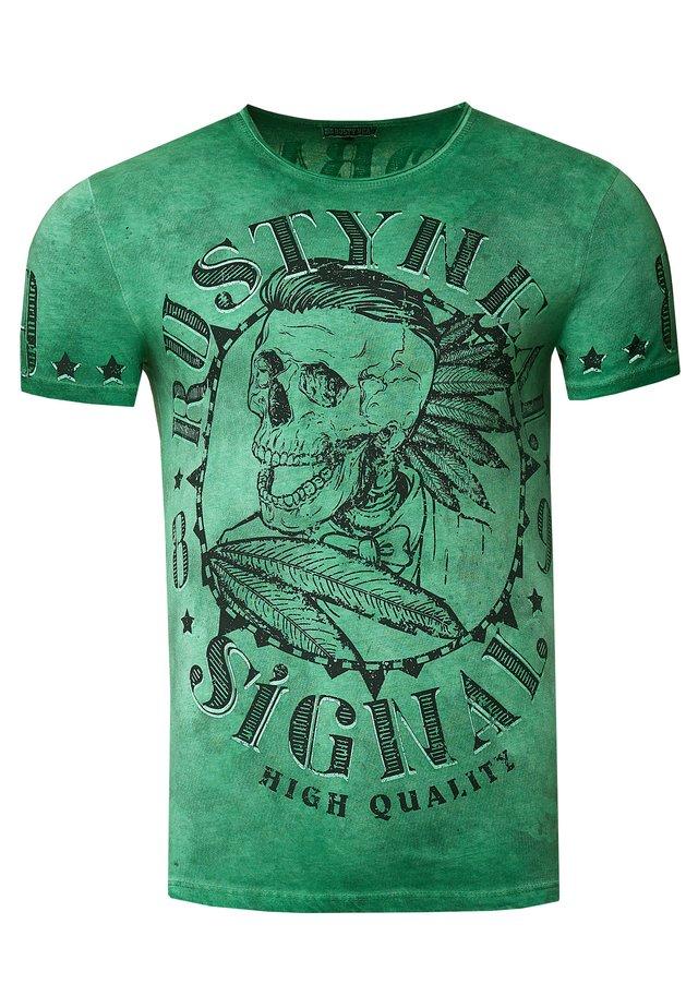 MIT STYLISCHEM TOTENKOPF - Print T-shirt - grün