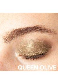 NUDESTIX - MAGNETIC LUMINOUS EYE COLOR - Eye shadow - queen olive - 1