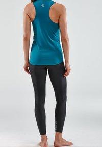 Skins - Sports shirt - teal - 2