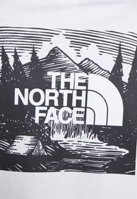 The North Face - REDBOX CELEBRATION TEE - Print T-shirt - white - 5