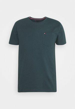 CLASSIC POCKET TEE - Basic T-shirt - mystic lake