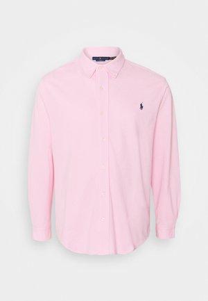 FEATHERWEIGHT - Hemd - carmel pink