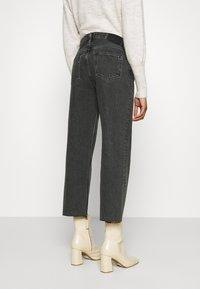 Ética - TYLER - Straight leg jeans - smokey mountain - 2