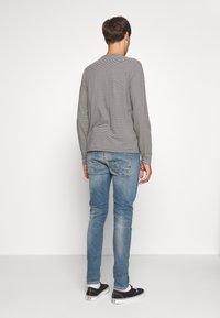 Denham - BOLT - Slim fit jeans - bue denim - 2