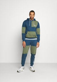 Redefined Rebel - DAWSON  - Pantaloni sportivi - dark denim - 1