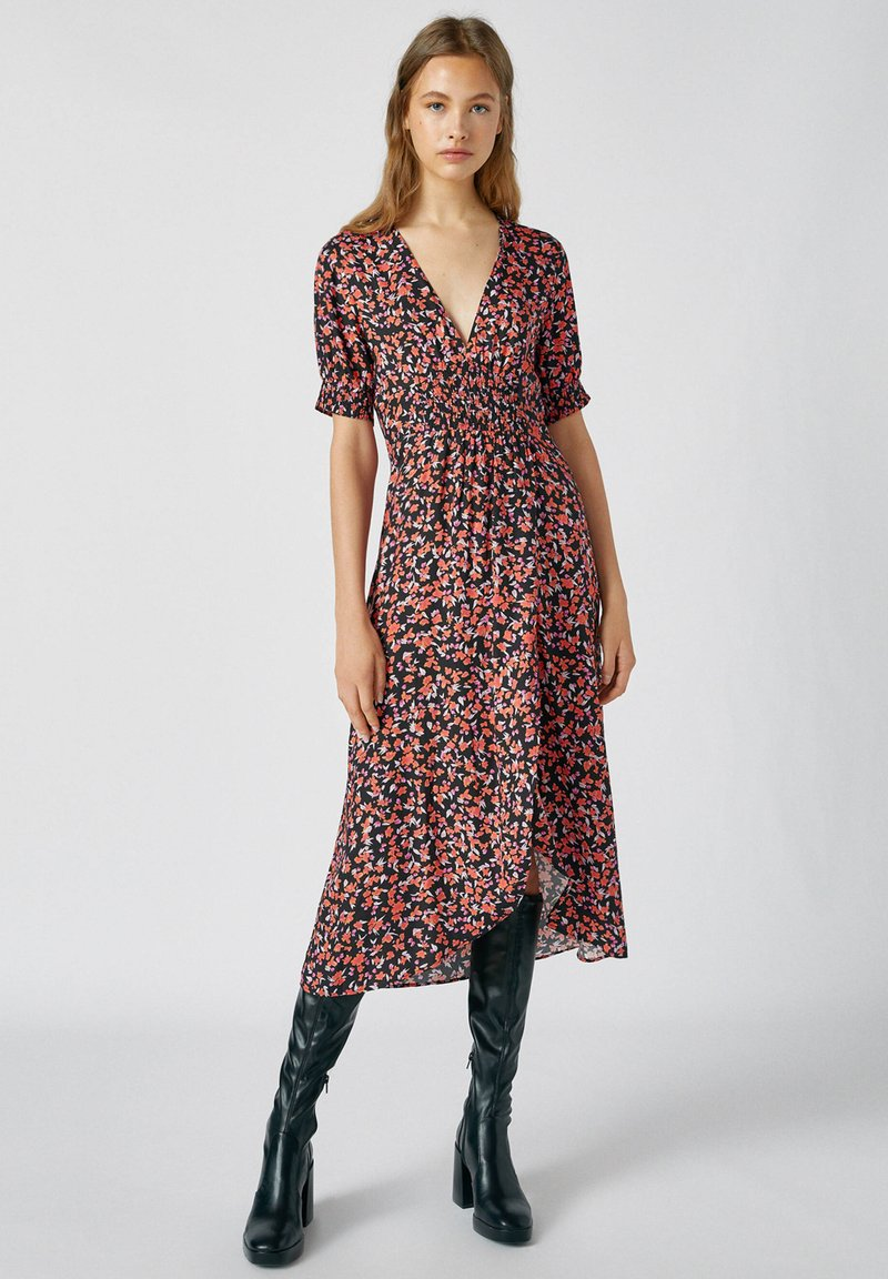 PULL&BEAR - Day dress - red