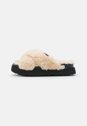 FUZZ SUGAR CROSS SLIDE - Pantoffels - natural/black