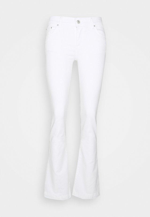 FALLON - Jeans a zampa - marshmallow wash