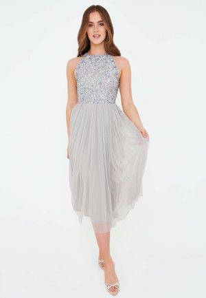 MALIN EMBELLISHED SEQUINS  - Vestito elegante - light grey