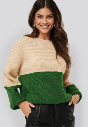 BLOCKED KNITTED - Jumper - green/white