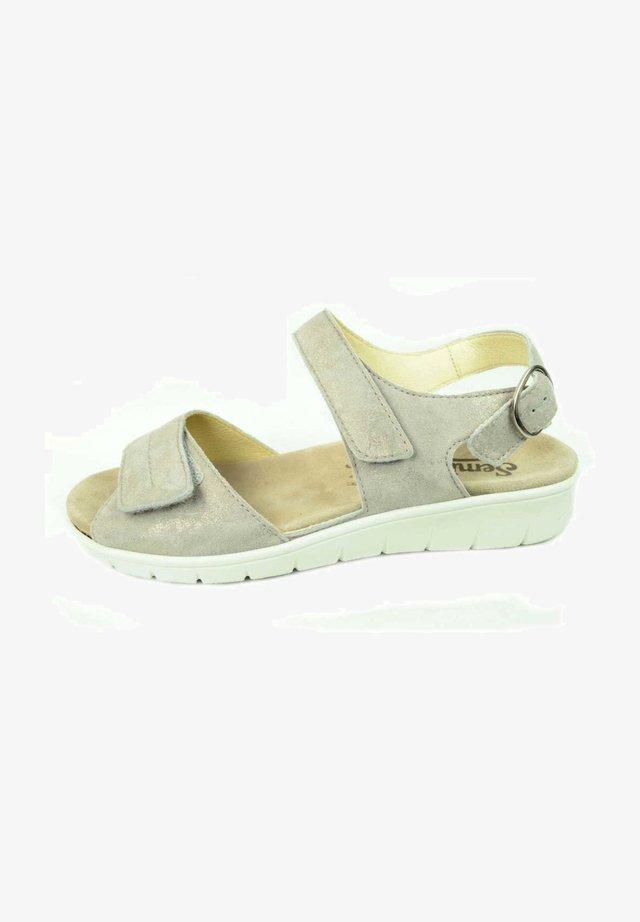 Sandals - panna