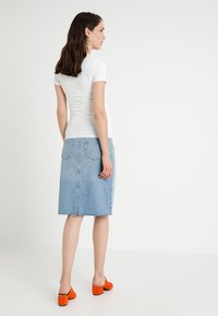 Topshop Maternity - MIDI - Pencil skirt - light-blue denim - 2