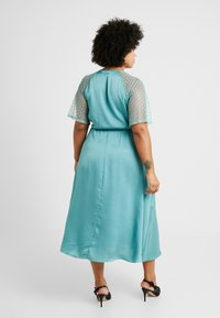 TFNC Curve - EXCLUSIVE SACHITA MAXI - Cocktailkjoler / festkjoler - native green - 2