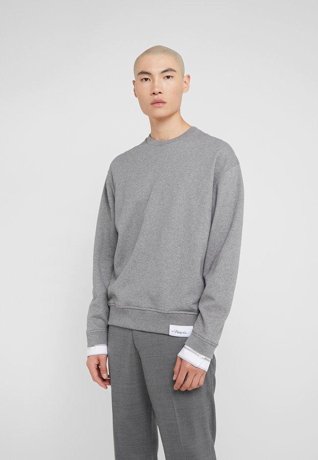 CLASSIC CREWNECK - Sweater - grey