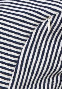GAP Maternity - ROLL CUFF ZIP ACCESS NURSING DRESS - Jumper dress - navy/white - 2