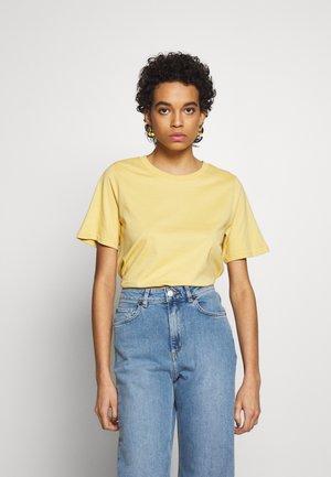 SAFFI - Basic T-shirt - yellow