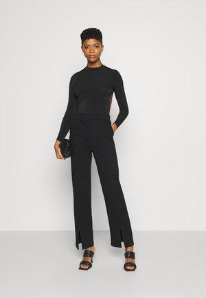MYRA OPEN BACK - Long sleeved top - black