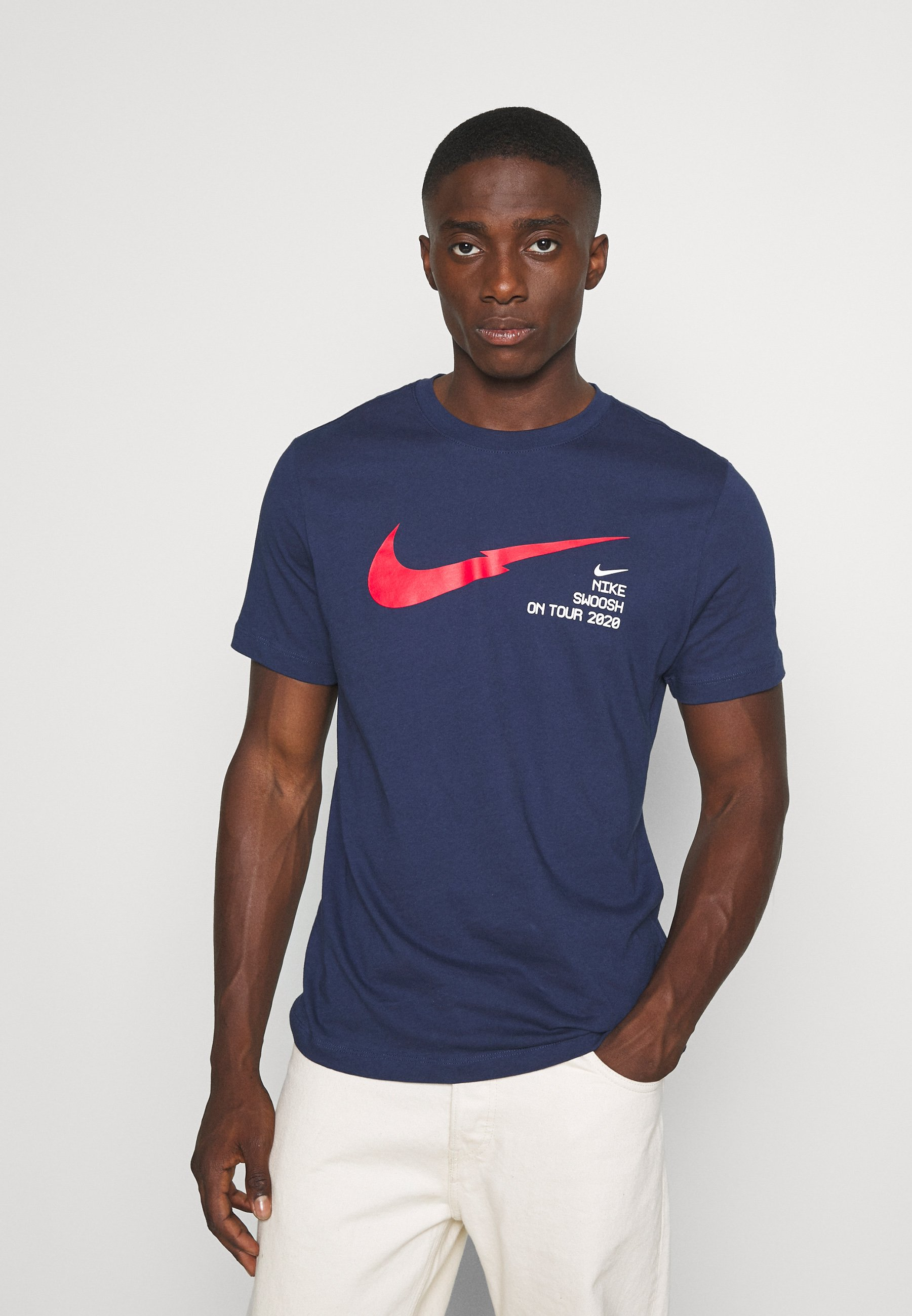 extremadamente mundo microscópico  Nike Sportswear Camiseta estampada - midnight navy/azul marino - Zalando.es