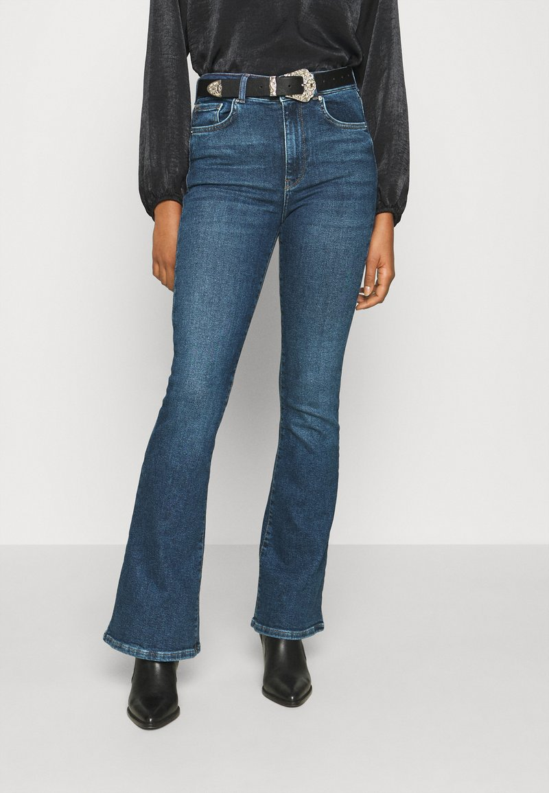Gina Tricot - MEJA - Flared Jeans - midnight blue