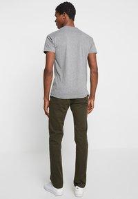 Strellson - RYPTON - Chino kalhoty - dark green - 2