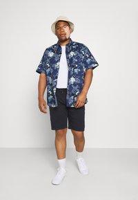 Johnny Bigg - RIO TOUCAN STRETCH SHIRT - Skjorta - dark blue - 1