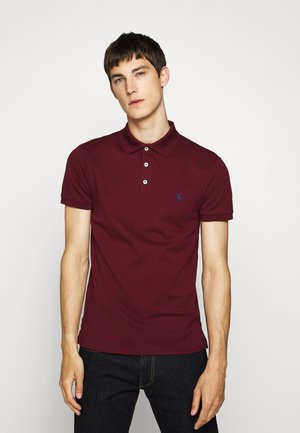 SLIM FIT MODEL - Polo - classic wine