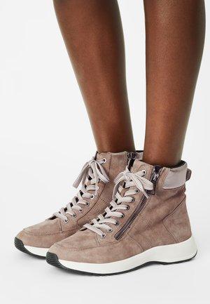 Sneakers hoog - stone