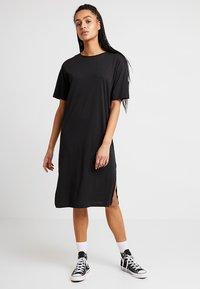 Noisy May - NMMAYDEN 2/4 DRESS NOOS - Vestido informal - black - 0